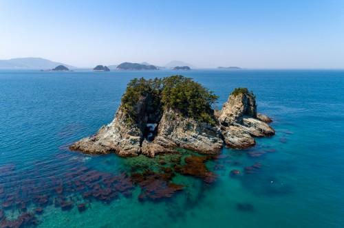 산호빛 구멍섬!